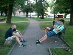 Підлітки у парку