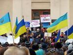 Студенти на площі мітингували за Євросоюз